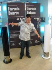 theremin-bollards-natural-history-museum-14