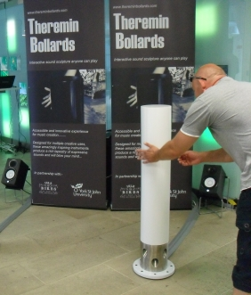 theremin-bollards-natural-history-museum-16